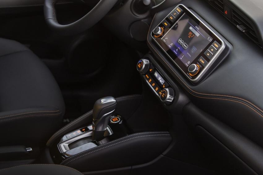 Nissan Kicks B-segment crossover makes US debut Image #746505