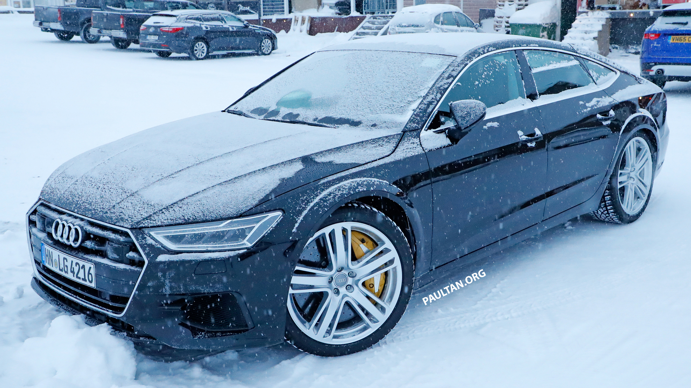 spied audi rs7 spotted to get sub 700 hp 4 0l tfsi auto breaking news. Black Bedroom Furniture Sets. Home Design Ideas