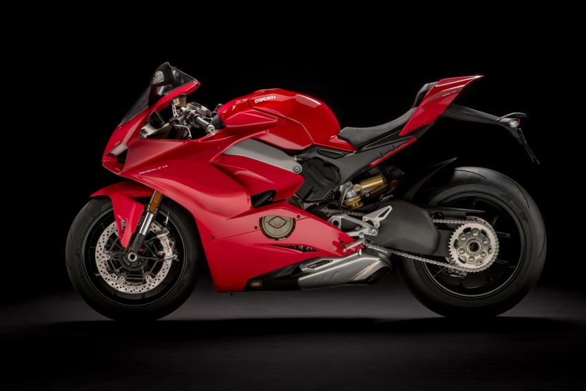 2018 Ducati Panigale V4 in Malaysia this April? Booking price from RM133,900 to RM359,900 Image #756858