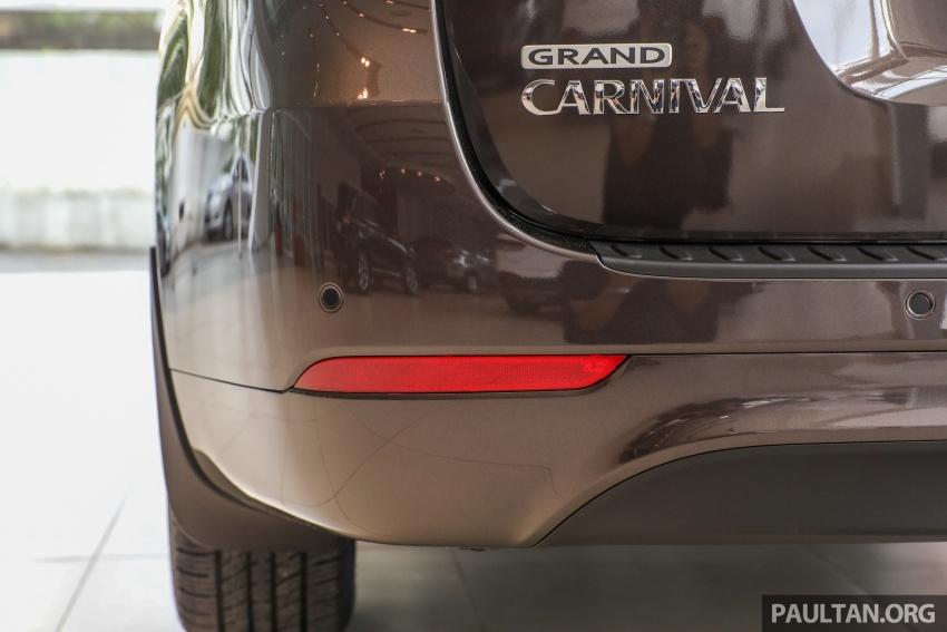 Kia Grand Carnival CKD – same price, more features Image #758682
