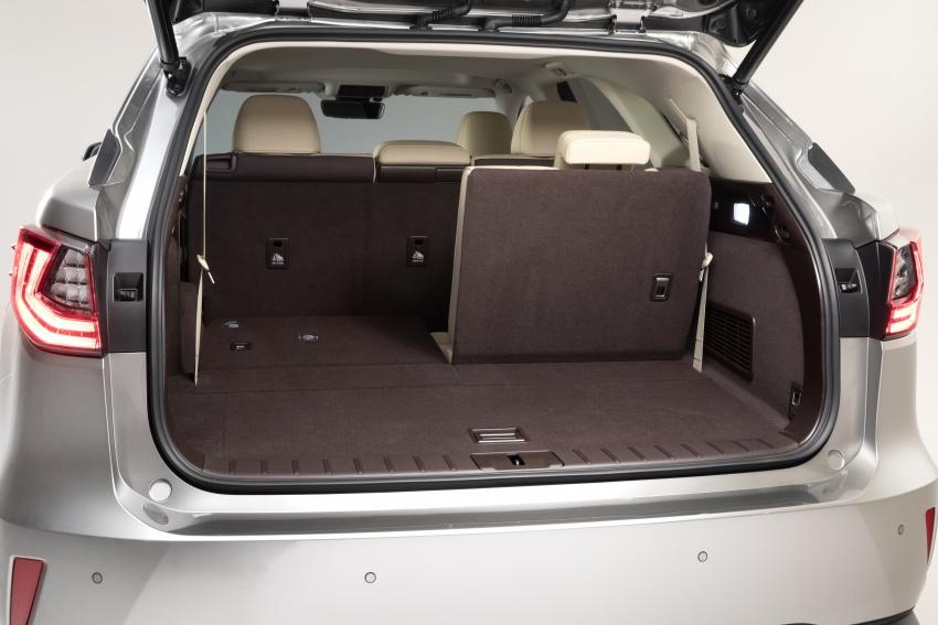 Lexus RX 350L tujuh-tempat duduk, NX 300 facelift kini dibuka tempahan di Malaysia – SUV dari RM312k Image #762438