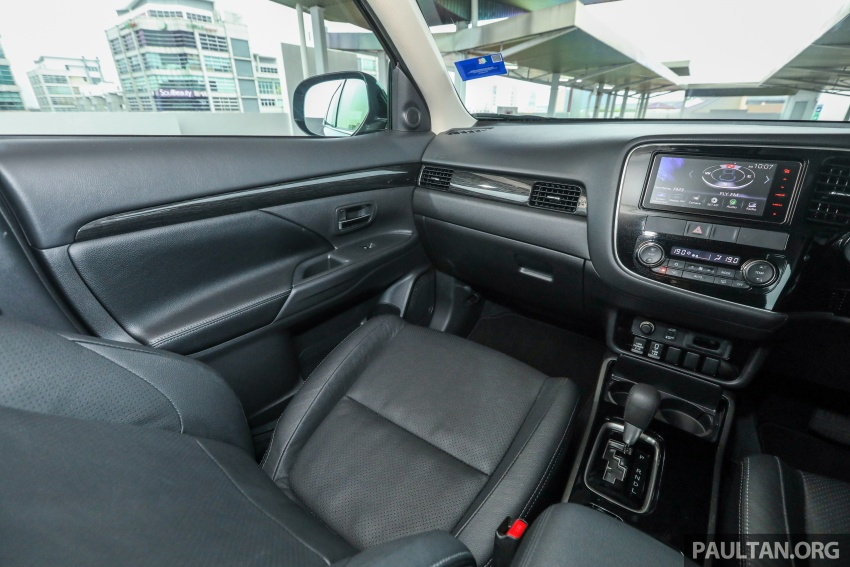 GALERI: Mitsubishi Outlander 2.4L CKD – RM155k Image #762785