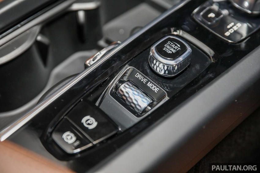 2018 Volvo XC60 launched in Malaysia – CBU T8 PHEV at RM374k, CKD T5 and T8 to arrive later, from RM299k Image #766073