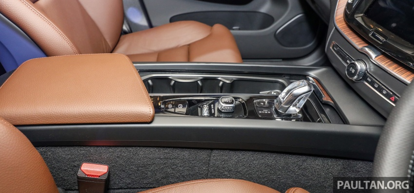 2018 Volvo XC60 launched in Malaysia – CBU T8 PHEV at RM374k, CKD T5 and T8 to arrive later, from RM299k Image #766077