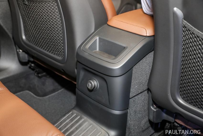 Volvo XC60 2018 dilancarkan di Malaysia – varian CKD dari RM299k, varian CBU tunggal pada harga RM374k Image #766359