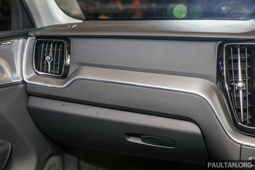 2018 Volvo XC60 launched in Malaysia – CBU T8 PHEV at RM374k, CKD T5 and T8 to arrive later, from RM299k Image #766108