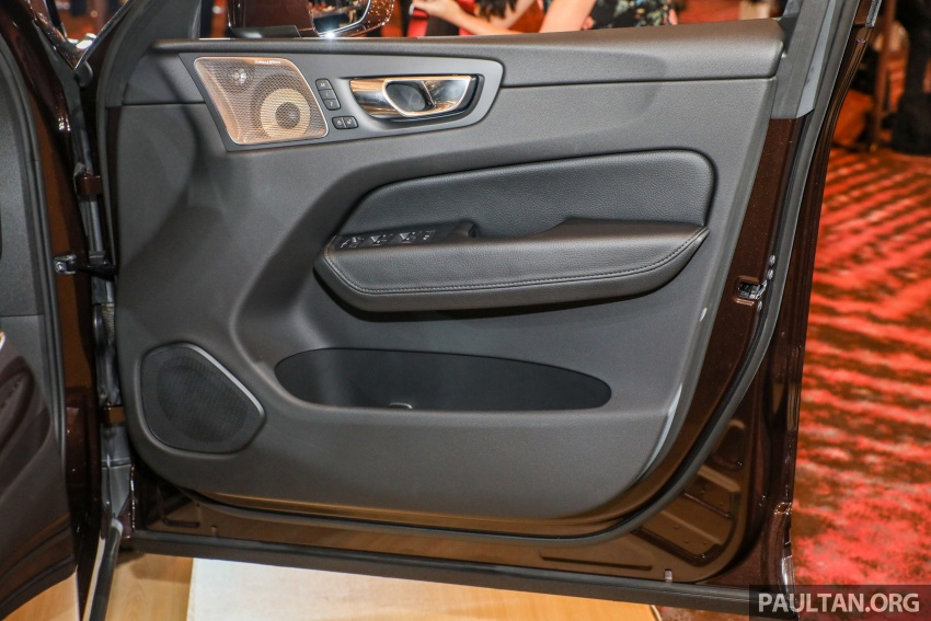 Volvo XC60 2018 dilancarkan di Malaysia – varian CKD dari RM299k, varian CBU tunggal pada harga RM374k Image #766379