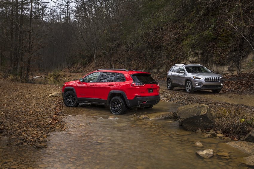 2019 Jeep Cherokee fully revealed – new 2.0L turbo Image #766411
