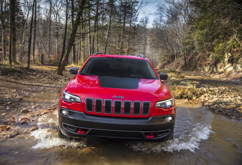 2019 Jeep Cherokee fully revealed – new 2.0L turbo Image #766414