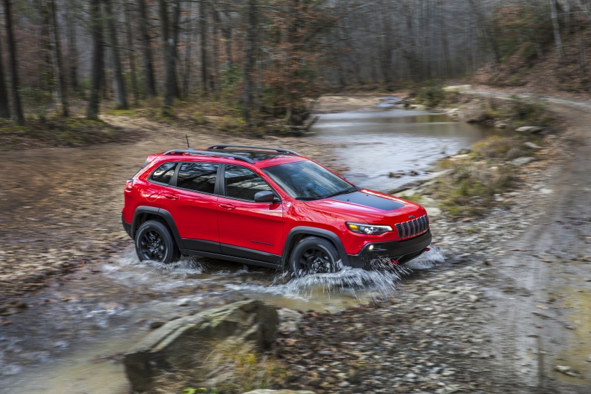2019 Jeep Cherokee fully revealed – new 2.0L turbo Image #766421