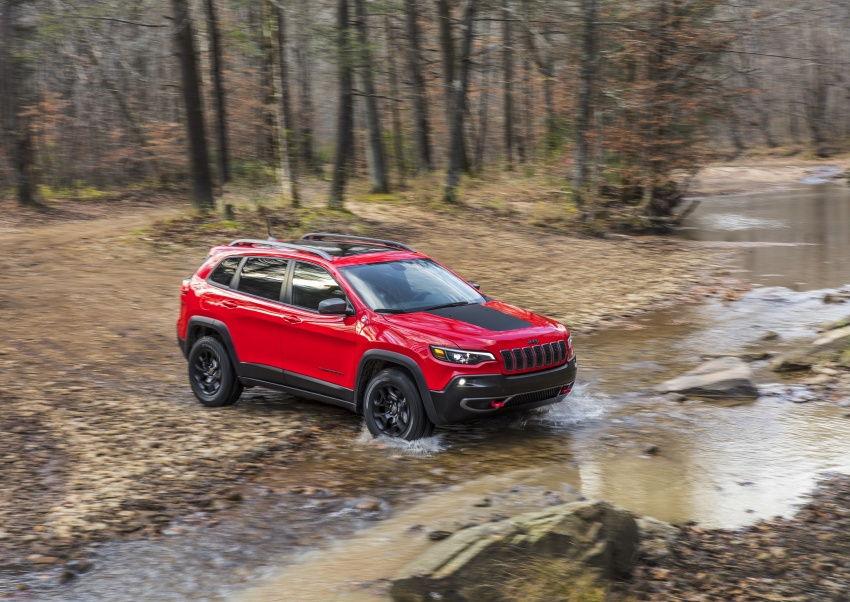 2019 Jeep Cherokee fully revealed – new 2.0L turbo Image #766422