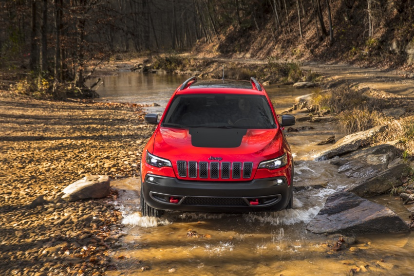 2019 Jeep Cherokee fully revealed – new 2.0L turbo Image #766425