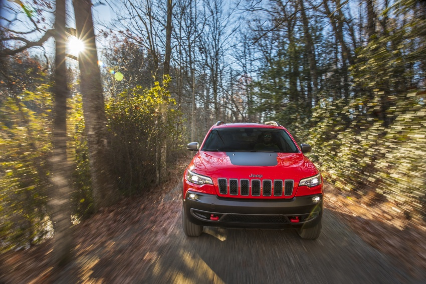 2019 Jeep Cherokee fully revealed – new 2.0L turbo Image #766441