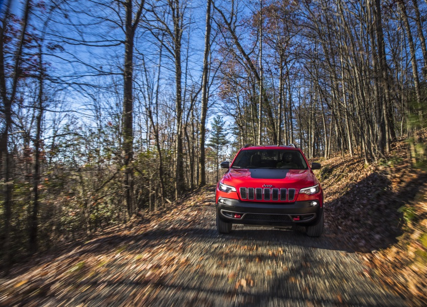 2019 Jeep Cherokee fully revealed – new 2.0L turbo Image #766443