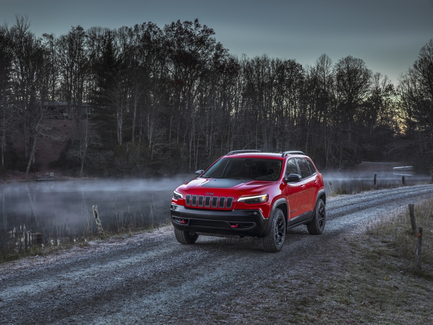 2019 Jeep Cherokee fully revealed – new 2.0L turbo Image #766445