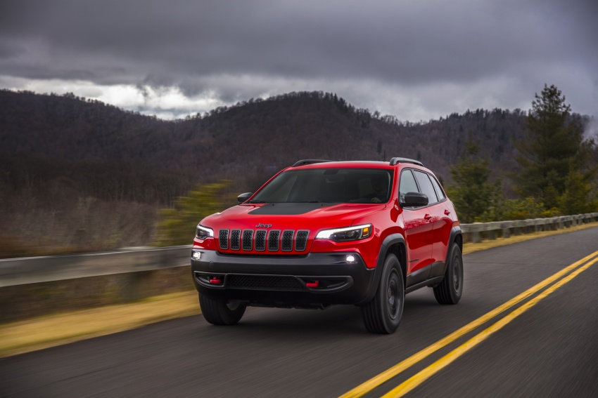 2019 Jeep Cherokee fully revealed – new 2.0L turbo Image #766463