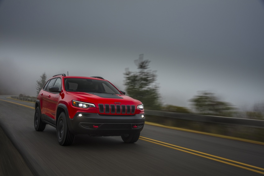 2019 Jeep Cherokee fully revealed – new 2.0L turbo Image #766466