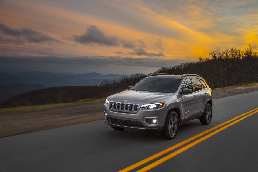 2019 Jeep Cherokee fully revealed – new 2.0L turbo Image #766486