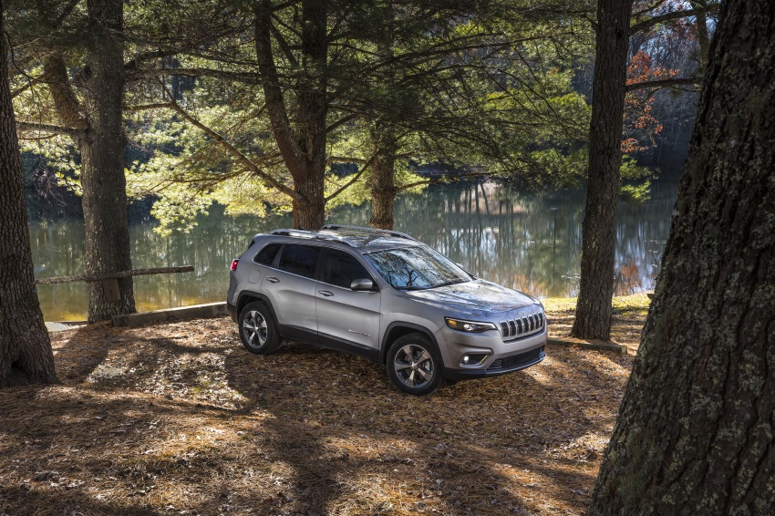 2019 Jeep Cherokee fully revealed – new 2.0L turbo Image #766500