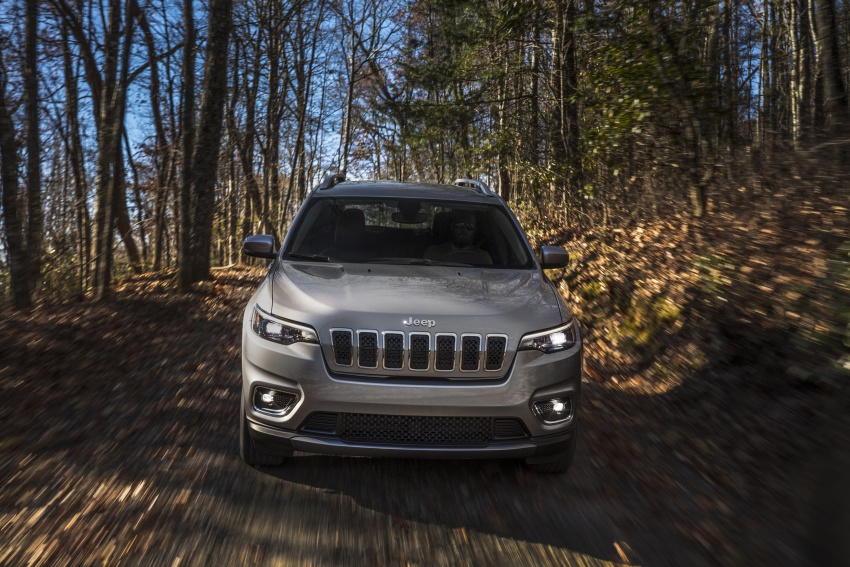 2019 Jeep Cherokee fully revealed – new 2.0L turbo Image #766502