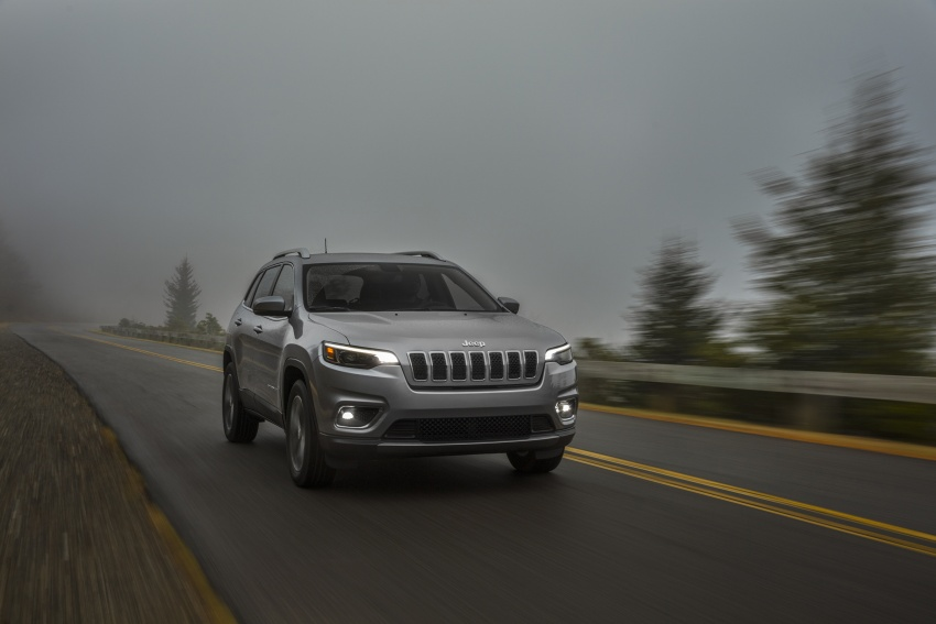 2019 Jeep Cherokee fully revealed – new 2.0L turbo Image #766507