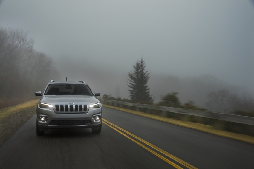 2019 Jeep Cherokee fully revealed – new 2.0L turbo Image #766509
