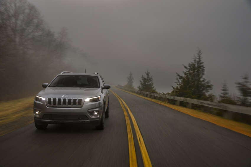 2019 Jeep Cherokee fully revealed – new 2.0L turbo Image #766511