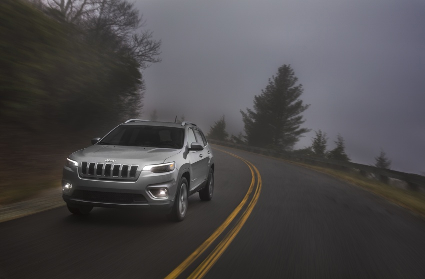 2019 Jeep Cherokee fully revealed – new 2.0L turbo Image #766514