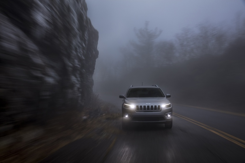 2019 Jeep Cherokee fully revealed – new 2.0L turbo Image #766517