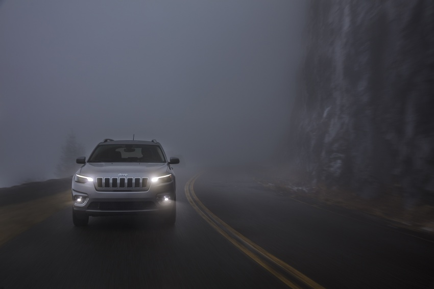 2019 Jeep Cherokee fully revealed – new 2.0L turbo Image #766520