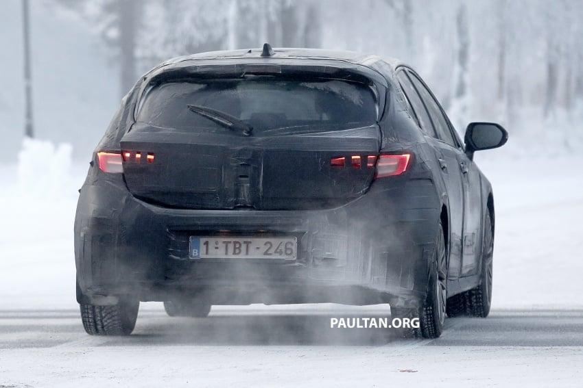 SPYSHOTS: Next-gen Toyota Corolla spotted testing Image #763899