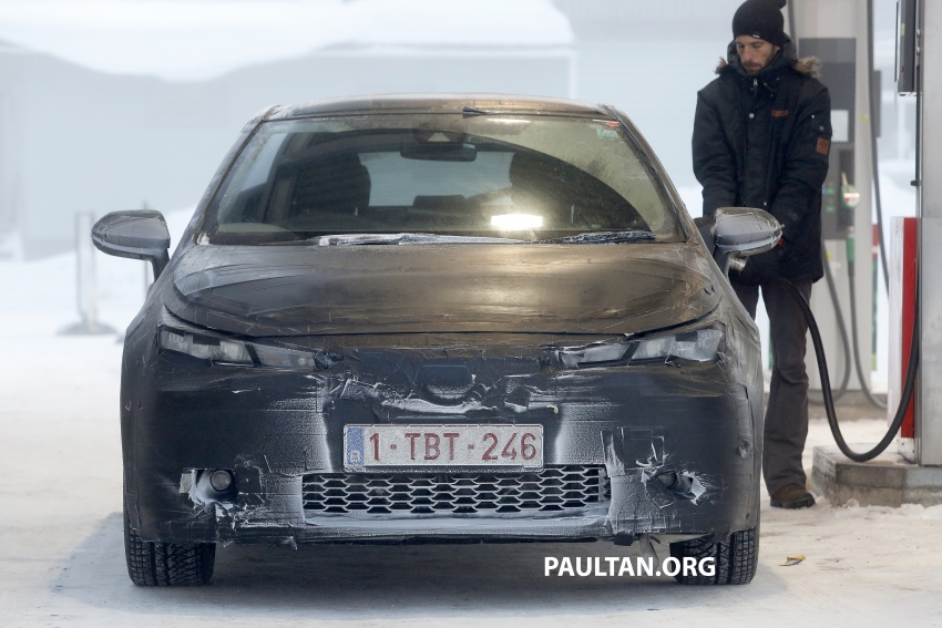 SPYSHOTS: Next-gen Toyota Corolla spotted testing Image #763907