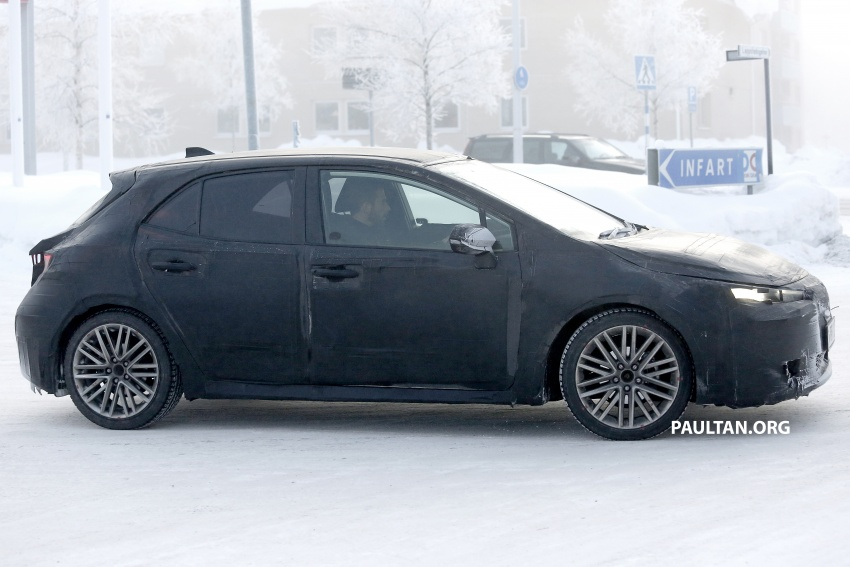 SPYSHOTS: Next-gen Toyota Corolla spotted testing Image #763893