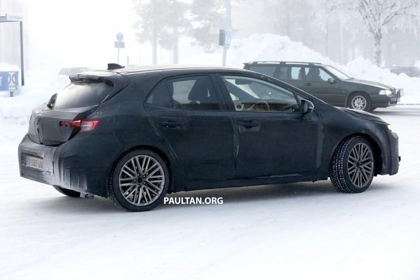 SPYSHOTS: Next-gen Toyota Corolla spotted testing Image #763896