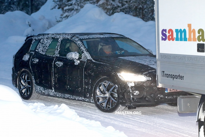SPYSHOTS: 2019 Volvo V60 spotted for the first time Image #770867