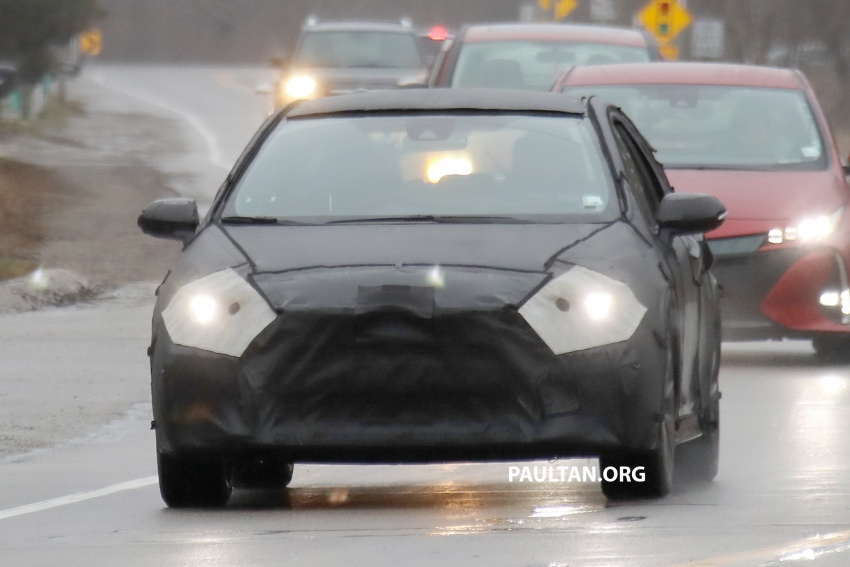 SPYSHOTS: Next-gen Toyota Corolla spotted testing Image #763871
