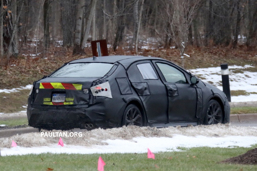 SPYSHOTS: Next-gen Toyota Corolla spotted testing Image #763884