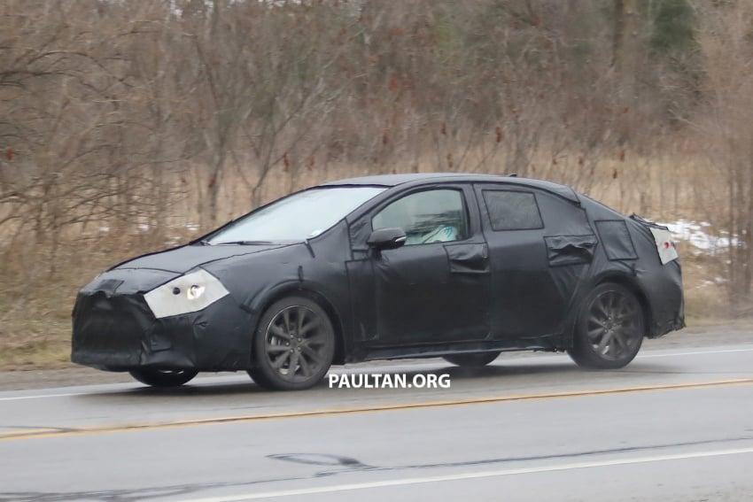 SPYSHOTS: Next-gen Toyota Corolla spotted testing Image #763875