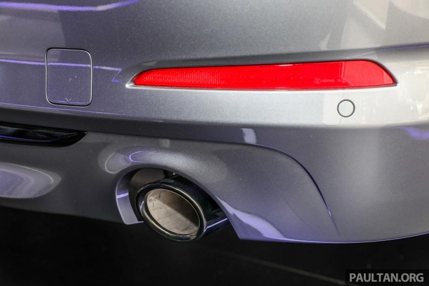GALLERY: BMW 530e iPerformance plug-in vs 530i Image #769792