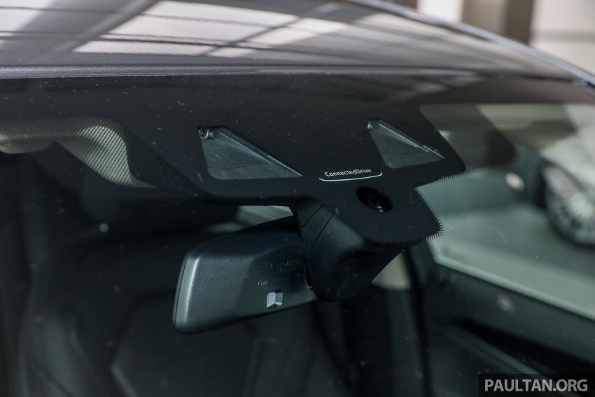 GALLERY: BMW 530e iPerformance plug-in vs 530i Image #769784