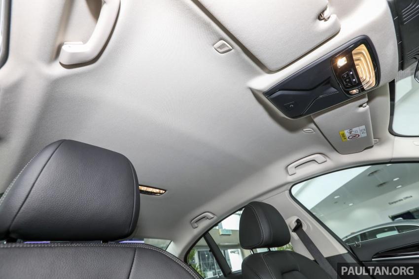 GALLERY: BMW 530e iPerformance plug-in vs 530i Image #769805