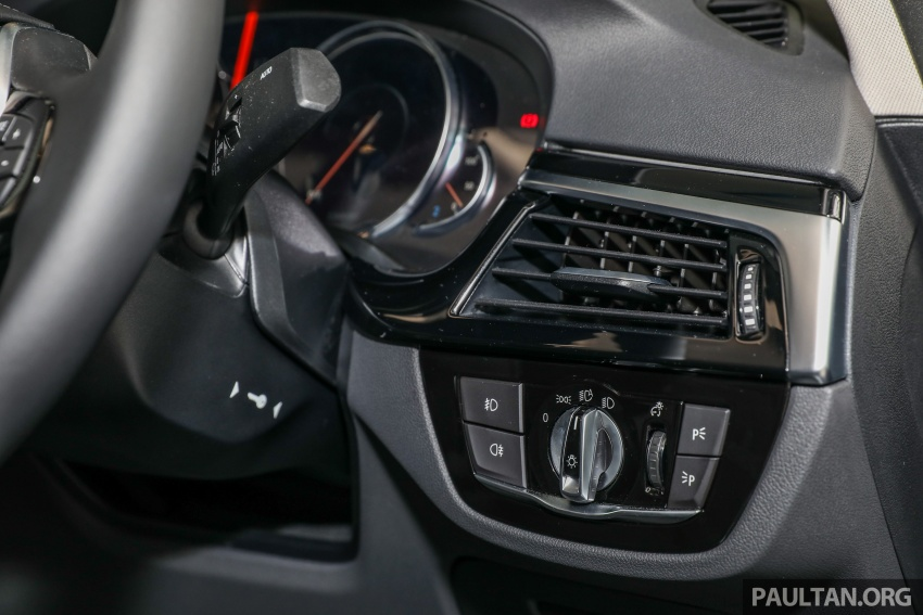 GALLERY: BMW 530e iPerformance plug-in vs 530i Image #769806