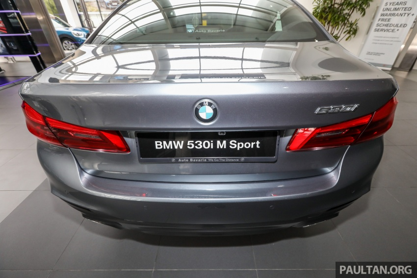 GALLERY: BMW 530e iPerformance plug-in vs 530i Image #769829