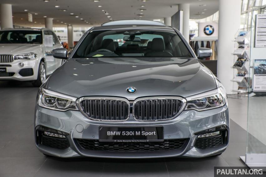 GALLERY: BMW 530e iPerformance plug-in vs 530i Image #769819