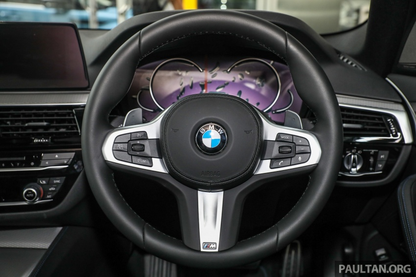 GALLERY: BMW 530e iPerformance plug-in vs 530i Image #769837