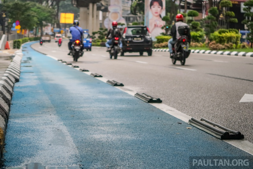 DBKL to remove cycling lane separators immediately Image #769016