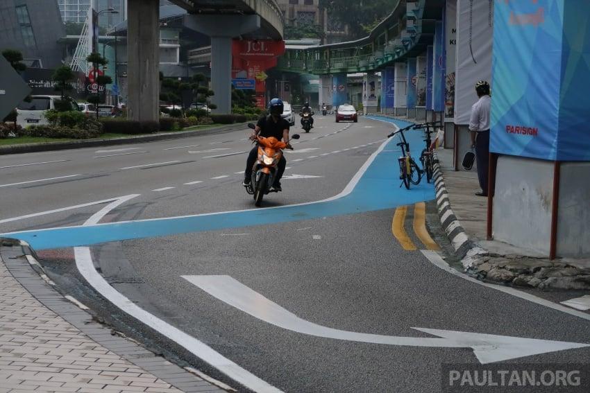 DBKL to remove cycling lane separators immediately Image #769020