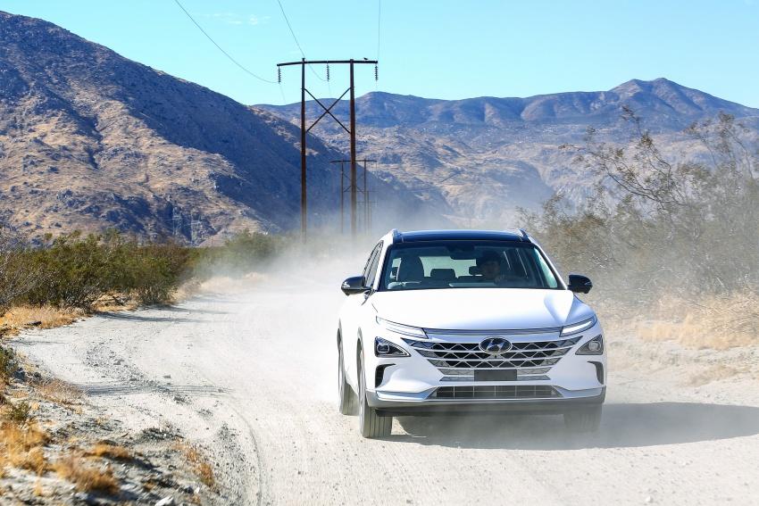Hyundai Nexo – hydrogen fuel cell EV debuts at CES Image #758243