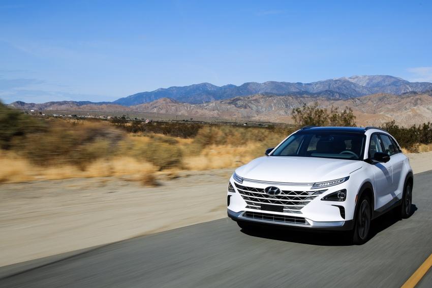 Hyundai Nexo – hydrogen fuel cell EV debuts at CES Image #758244