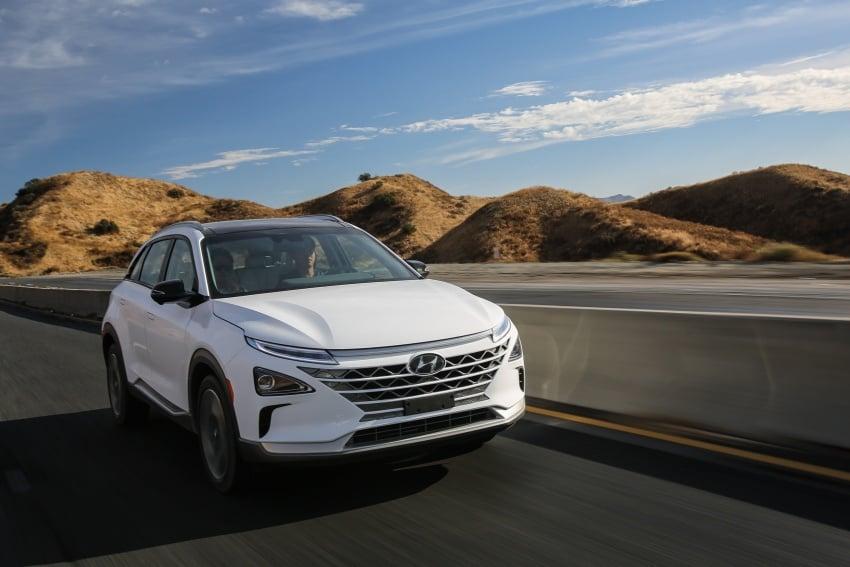Hyundai Nexo – hydrogen fuel cell EV debuts at CES Image #758246